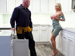Nikki Benz Acquires Her Pipes Fixed - Bangbros HD