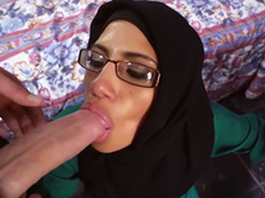 Glamorous arab hottie blows 2 large jocks to earn additional