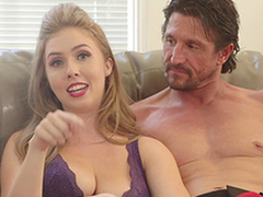 Reagan Foxx and Mona Wales dote on codification their sexual stories