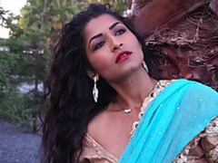 Of age Lady Maya Rai Give Hindi Song