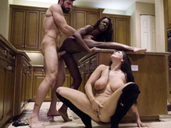 Man nails black chick Ana Foxxx while Romi Rain sucks his XXX blarney