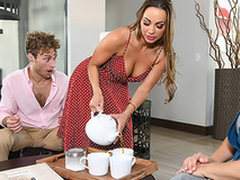 Abigail Mac finds the opportunity to comprehend XXX fun even in stepmom's quarters