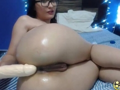 Squirting doll Aisly with glasses fists together with gapes perfect  ass